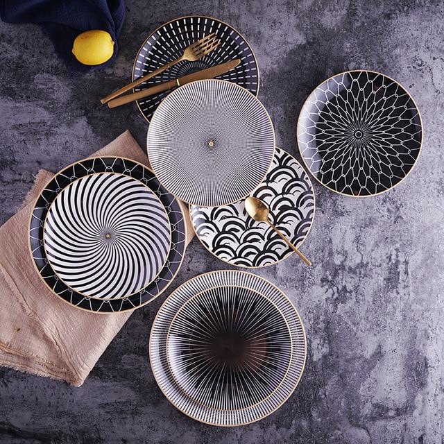 Геометрический орнамент на тарелках